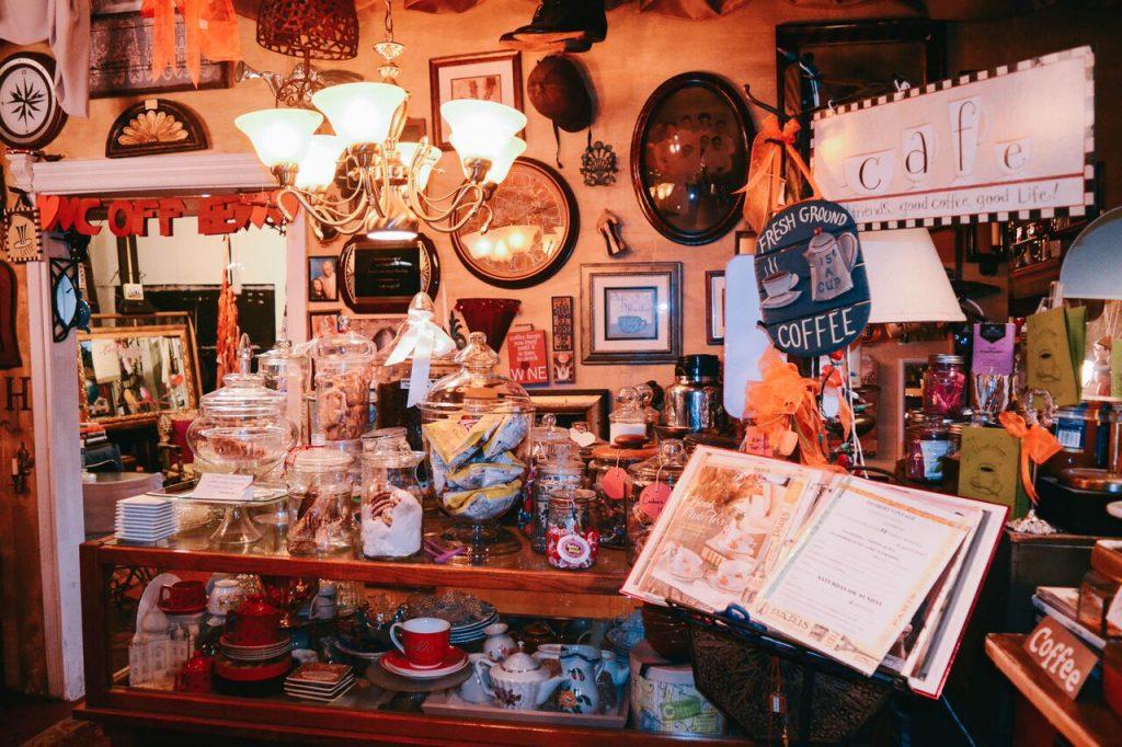 Detroit Vintage Coffee and Tea House